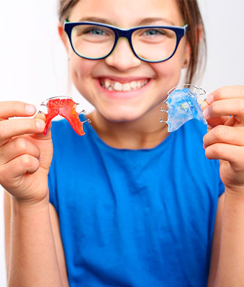 smilingtek-diseño-de-sonrisa-contactanos-tratamientos-ortodoncia-ortopedia-1b